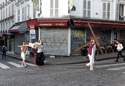 Crucifixion Re-enactment in Montmartre (1)