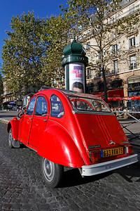 Citroën 2CV, Paris