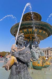 Fontaines de la Concorde,Place de la Concorde, Paris  (1)