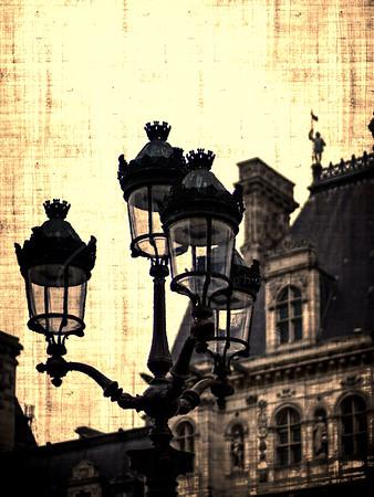 l'éclairage public devant l'Hôtel de Ville