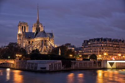 Blue Hour in Paris