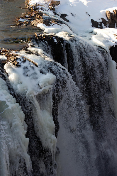 The Great Falls are 77 feet high & 260 feet wide