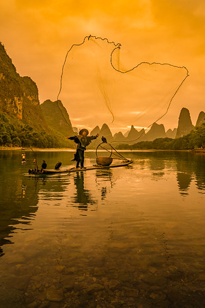 Casting a Wide Net - Guilin, China