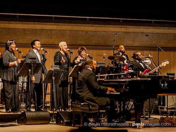 Ms. Aretha Franklin's band and back-up singers -- performing in Toronto. ~ April 12, 2013