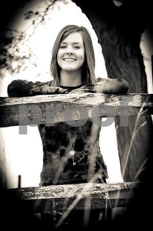 Senior Pictures 2011 - Elisa & Kadi