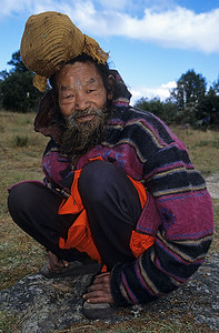 Shivapuri Baba / From the summit of Shivapuri, Nepal