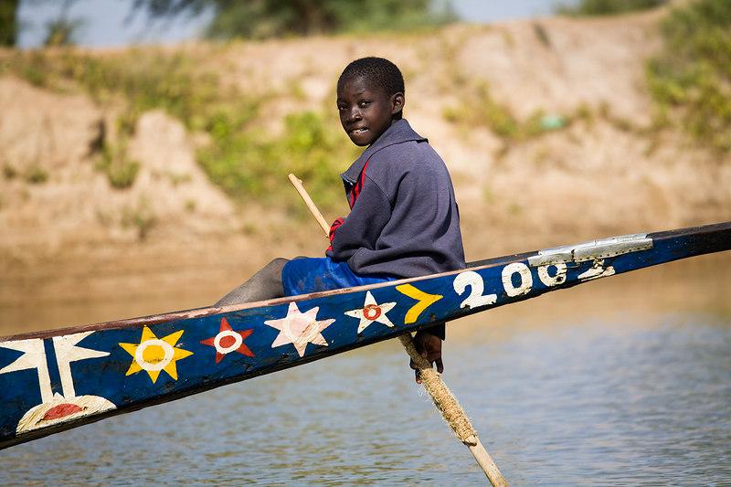 A young Bozo fisherman / Mali