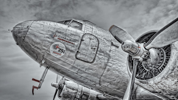 DC-3 Dakota showing her age at La Ferte-Alais airshow