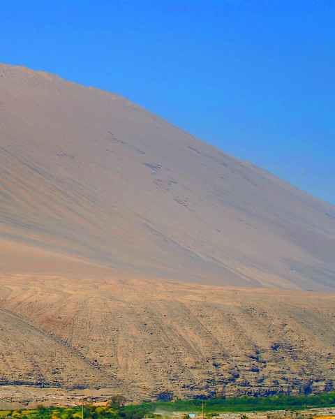 Mountain of sand Acari Peru