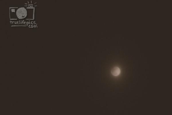 Feb 10, 2017 Partial Lunar Eclipse (2)