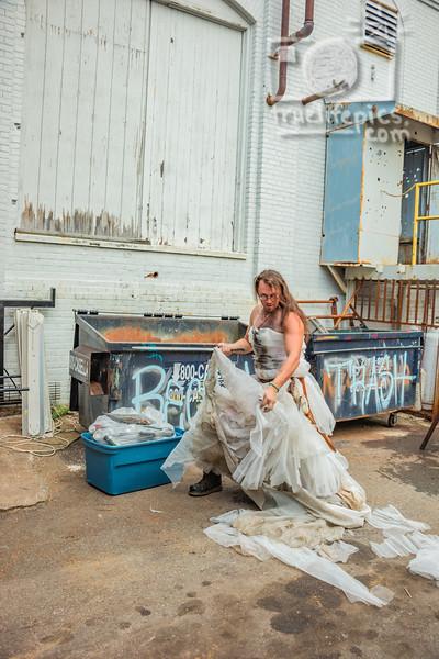 20190830 Trash This Dress - Goblin, Jon, & Colette (165)