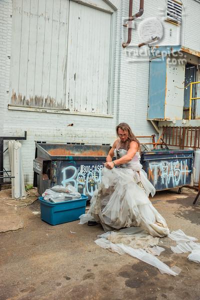 20190830 Trash This Dress - Goblin, Jon, & Colette (166)