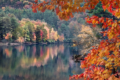 Fall at Cascade Lake