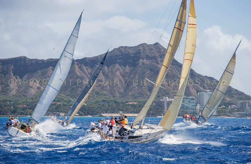 Sailing Waikiki / Diamond Head