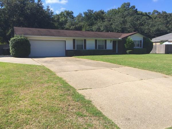 7531 Templeton Road in Pensacola, Florida