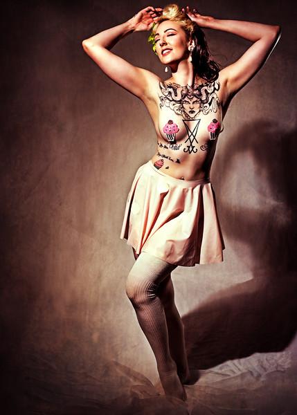 Ophelia Pop Tart - Burlesque Pin-Up