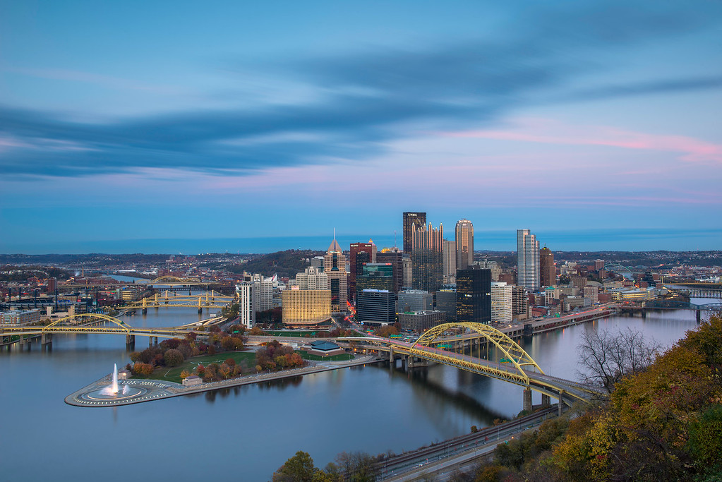 """Autumn's Kiss Goodnight"" - Pittsburgh, Mount Washington   Recommended Print sizes*:  4x6  