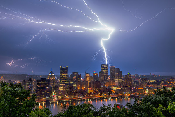 """Power Surge"" - Pittsburgh, Mount Washington   Recommended Print sizes*:  4x6  