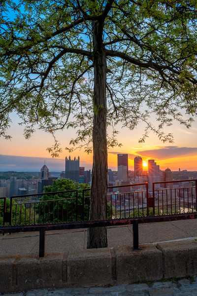 """""""Center Stage"""" - Pittsburgh, Mt. Washington   Recommended Print sizes*:  4x6  