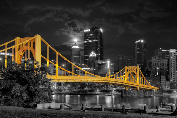 """Super Moon (Selective Color)"" - Pittsburgh, North Shore   Recommended Print sizes*:  4x6  