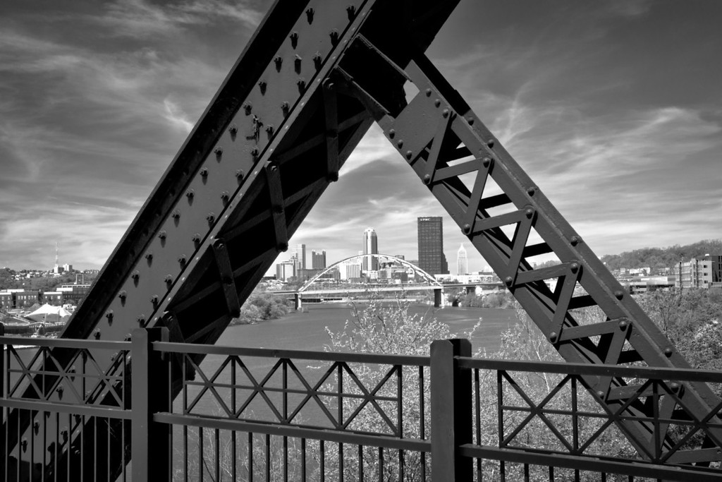 "<center> <br><font><b>""Iron Triangles"" - Pittsburgh, South Side</b> </font> <br><font> <u>Recommended Print sizes*</u>:  4x6  