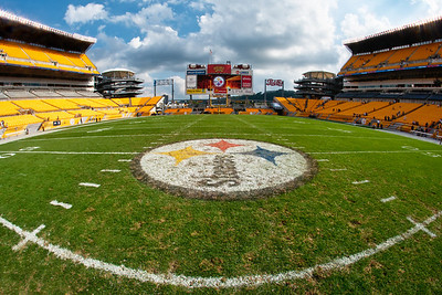 """Midfield"" - Pittsburgh, Heinz Field   Recommended Print sizes*:  4x6  