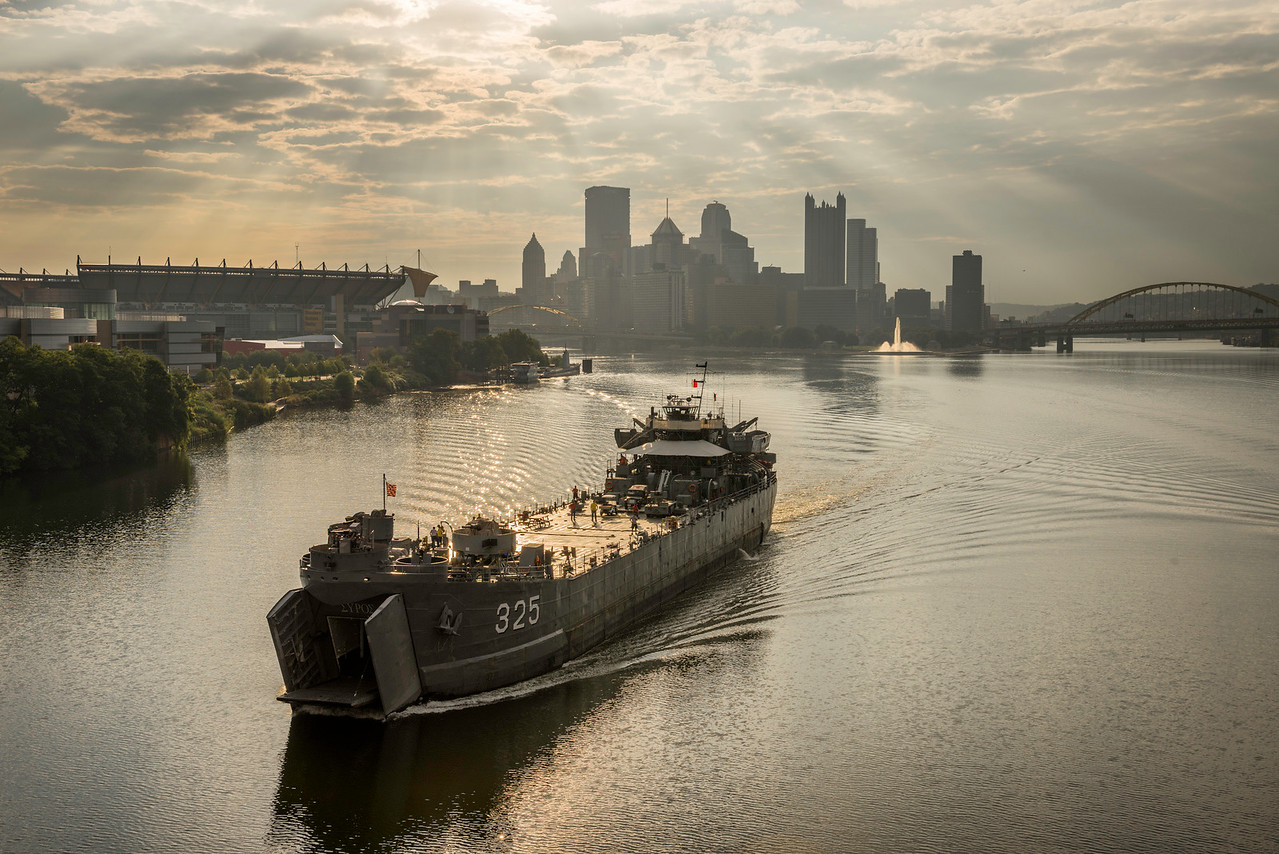 """""""USS LST 325"""" - Pittsburgh, West End   Recommended Print sizes*:  4x6  
