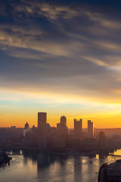 """Sliver of Shine"" - Pittsburgh, West End   Recommended Print sizes*:  4x6  