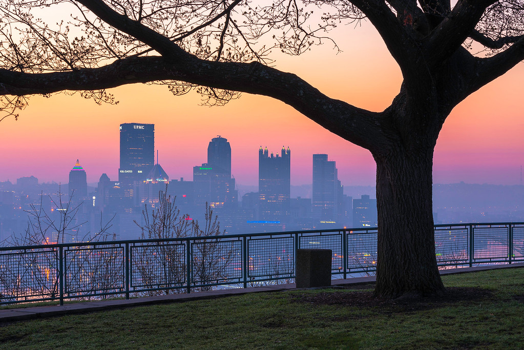"""Cloudless and Colorful"" - Pittsburgh, West End   Recommended Print sizes*:  4x6  