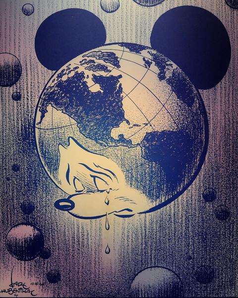 Walt Disney World 1/ 90s, at f/4 || E.Comp:0 || 50mm || WB: AUTO 0. || ISO: 3200 || Tone:  || Sharp:  || Camera: NIKON D700on: 2010:01:03 16:06:20