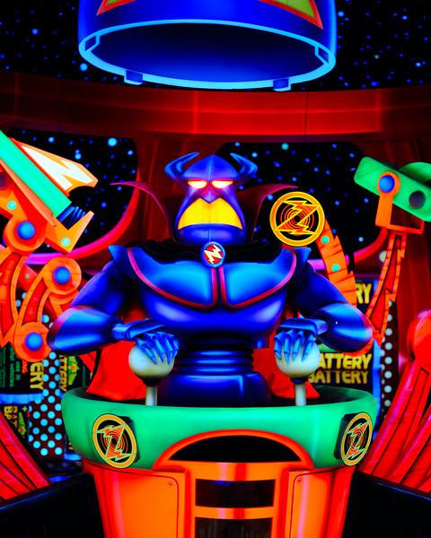 Walt Disney World 1/ 60s, at f/1.4 || E.Comp:-2 / 6 || 50mm || WB: AUTO 0. || ISO: 1600 || Tone:  || Sharp:  || Camera: NIKON D700on: 2010:01:05 13:08:42