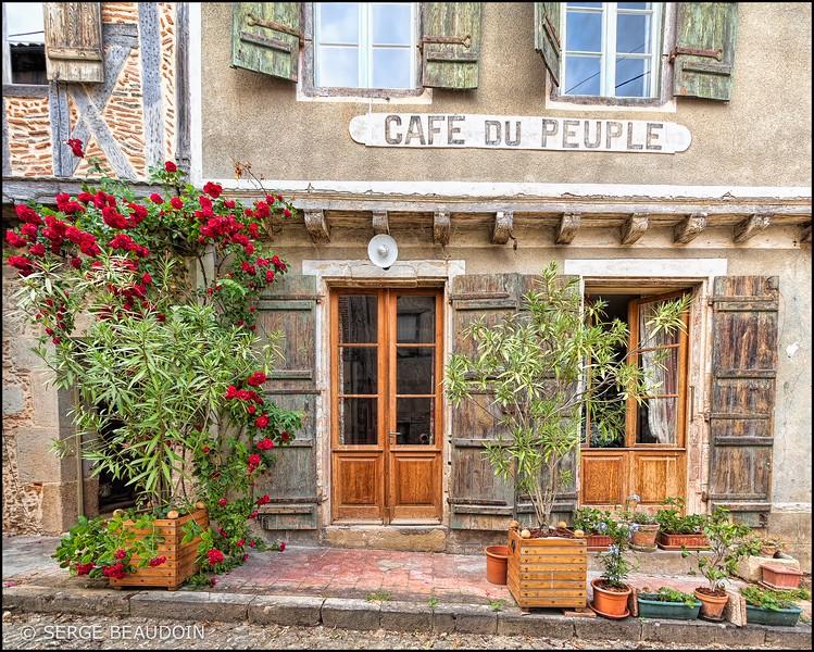 Labastide d'Armagnac, le Café du Peuple
