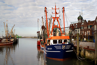 Fischerboot | Neuharlingersiel, Germany - 0061