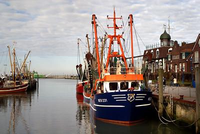 Fischerboot | Neuharlingersiel, Germany - 0061