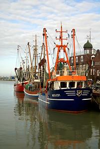 Fischerboot | Neuharlingersiel, Germany - 0059