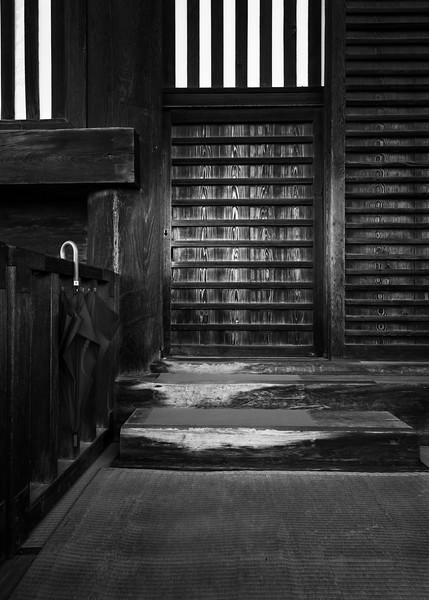 Side Entrance 5912 Zenko-Ji Temple Nakano Nagano