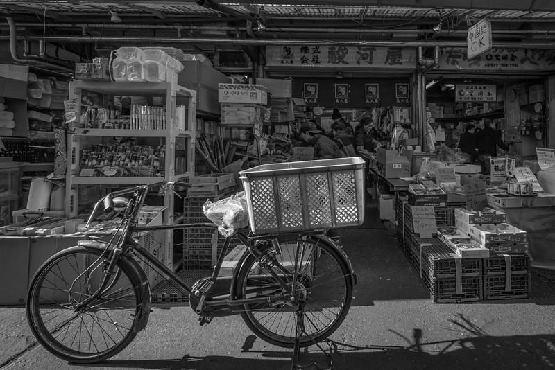 Tsukiji Fish - Bicycle Delivery 2552