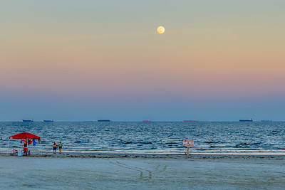 Full Moon Over Galveston...Galveston, TX