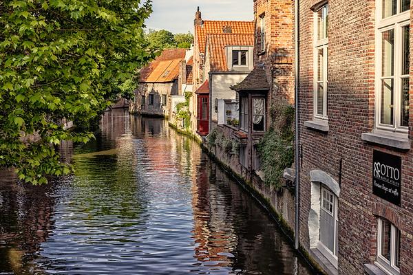5 amis à Bruges