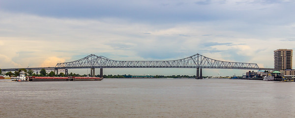 New Orleans, LA - The Mighty Mississippi