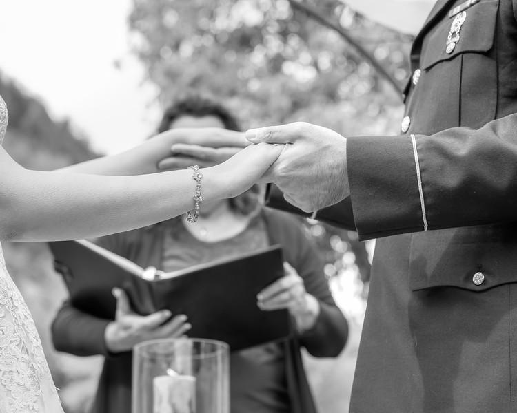 20181006-Benjamin_Peters_&_Evelyn_Calvillo_Wedding-Log_Haven_Utah (1424)LS2-2
