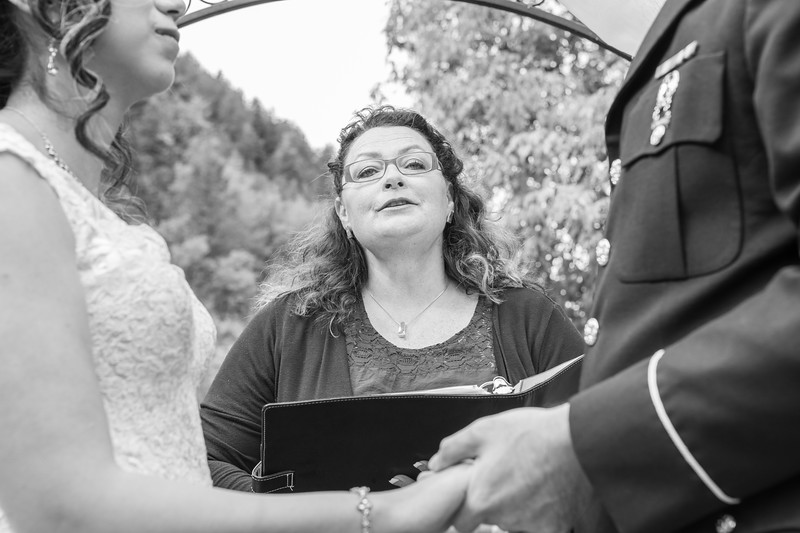 20181006-Benjamin_Peters_&_Evelyn_Calvillo_Wedding-Log_Haven_Utah (1129)-2