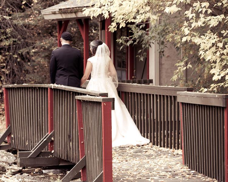 20181006-Benjamin_Peters_&_Evelyn_Calvillo_Wedding-Log_Haven_Utah (2069)-3
