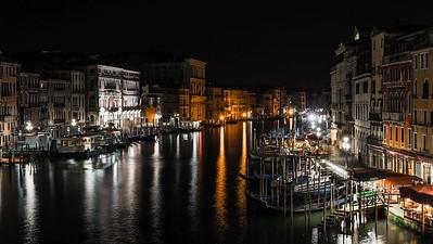 Rialto Bridge at Night | Venice