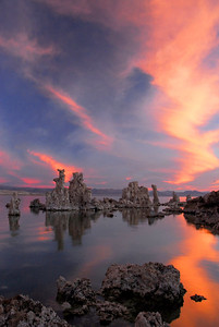 Mono Lake & Tufa at Sunset