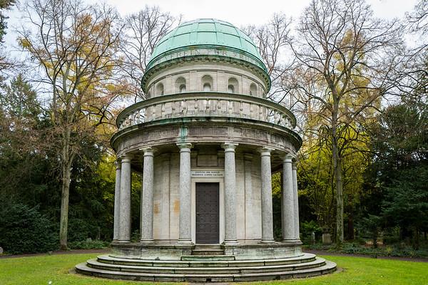 Frankfurt, Germany - November 19: The Urnenhalle on the Frankfurt Hauptfriedhof on November 19, 2017.
