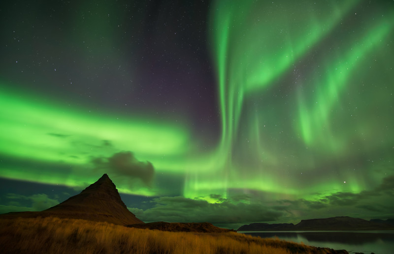 Heaven and Earth    Iceland