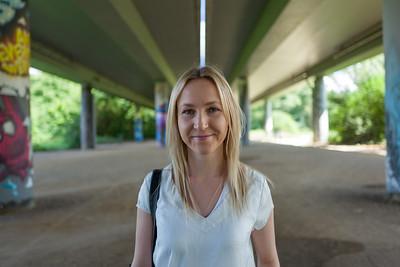 Blonde girl in Frankfurt Niddapark