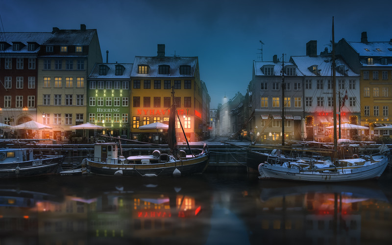 When the Day Turned to Night in Nyhavn