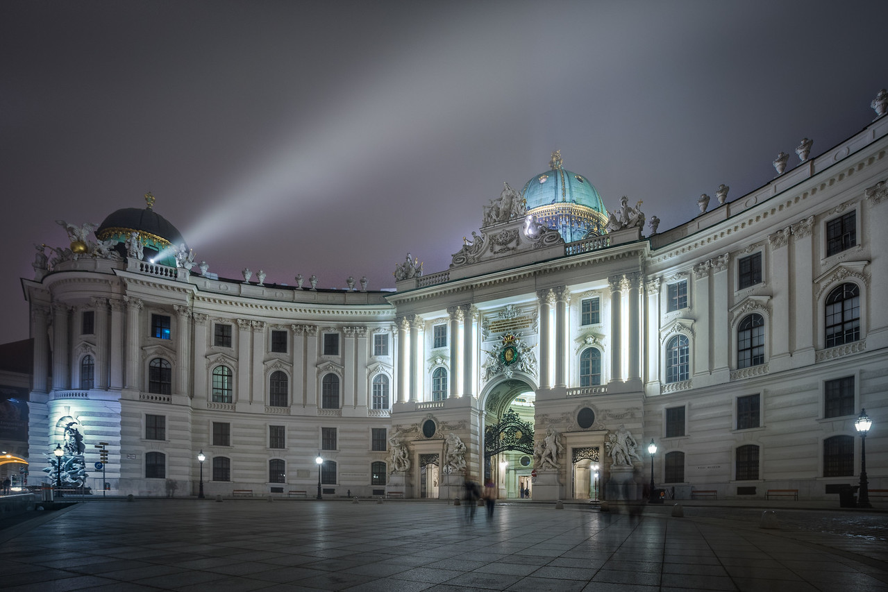 Evening at Michalerplatz in Vienna